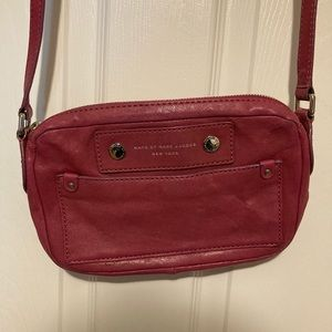marc by marc jacobs small crossbody